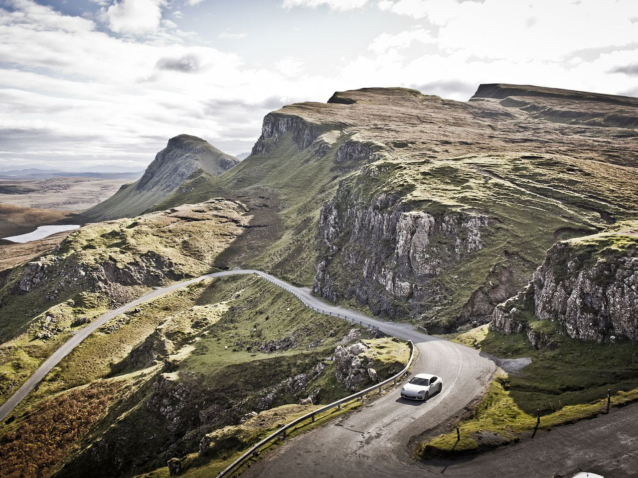 The Quiraing Pass road leads through fabulous scenery.