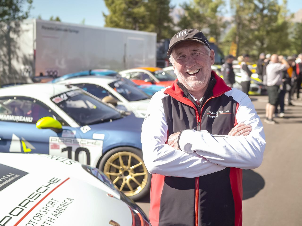 Pikes Peak legend Jeff Zwart: The director, advertising film-maker and race car driver scored his eight wins in variants of the Porsche 911. It was, admittedly, not easy to leave the racing to others ...