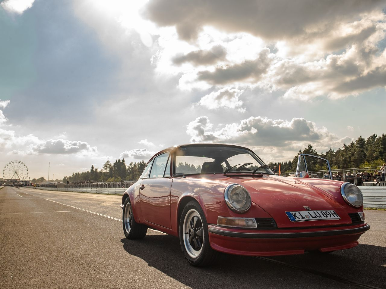 Holgi contests the 2018 rematch in the same 1968 Porsche 911—equipped with ...