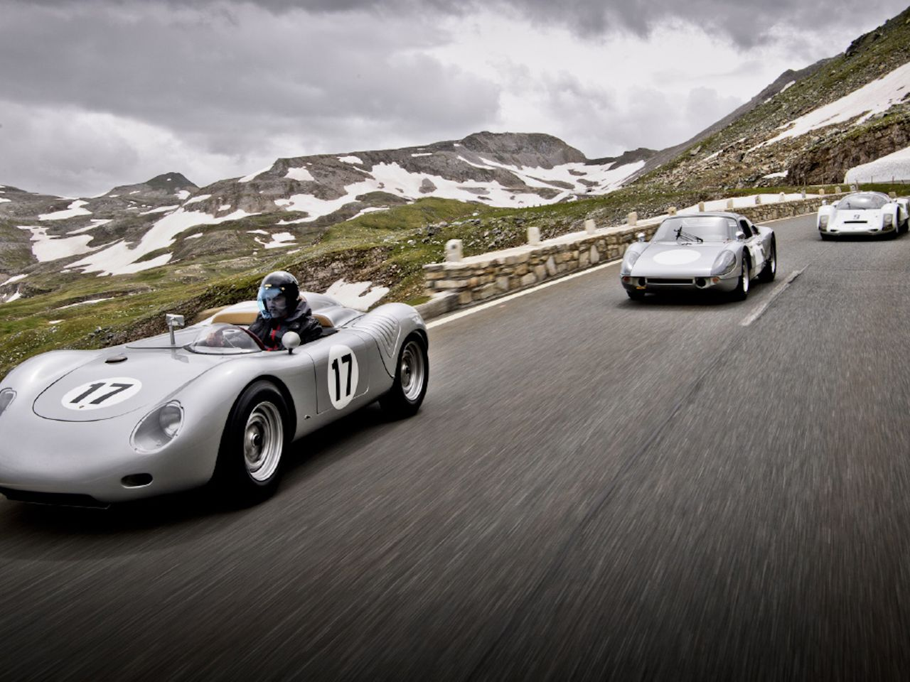 Impressive trio: A 718 RSK in front, backed by a 904 and a 906.